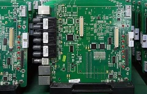 如何准确判断集中电路IC是否正常工作?