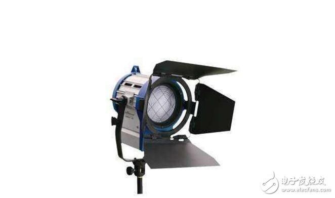 镝灯和钨丝灯有什么区别_镝灯和钨丝灯的区别介绍