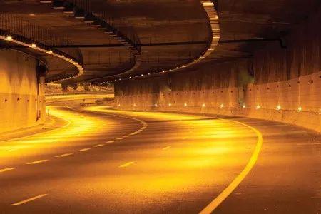LED隧道照明兴起的优点分析