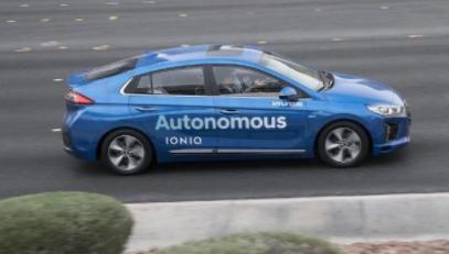 如何摆脱汽车行业周期性销售  自动驾驶和电动汽车是突破点