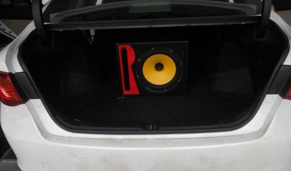 车载低音炮有源好还是无源好_有源和无源低音炮的特点