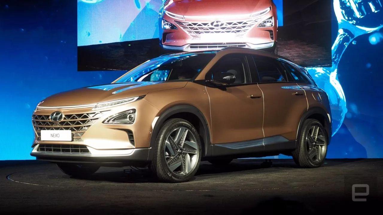 """在2018CES上,现代汽车发布旗下""""下一代燃料电池车""""——Nexo车型"""