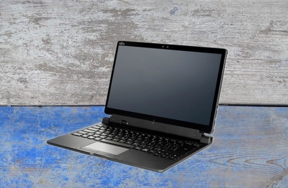 富士通推二合一笔记本StylisticQ738  八代酷睿+英特尔620核显