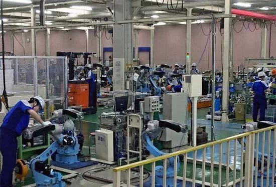 安川电机对欧洲工业机器人市场的发动