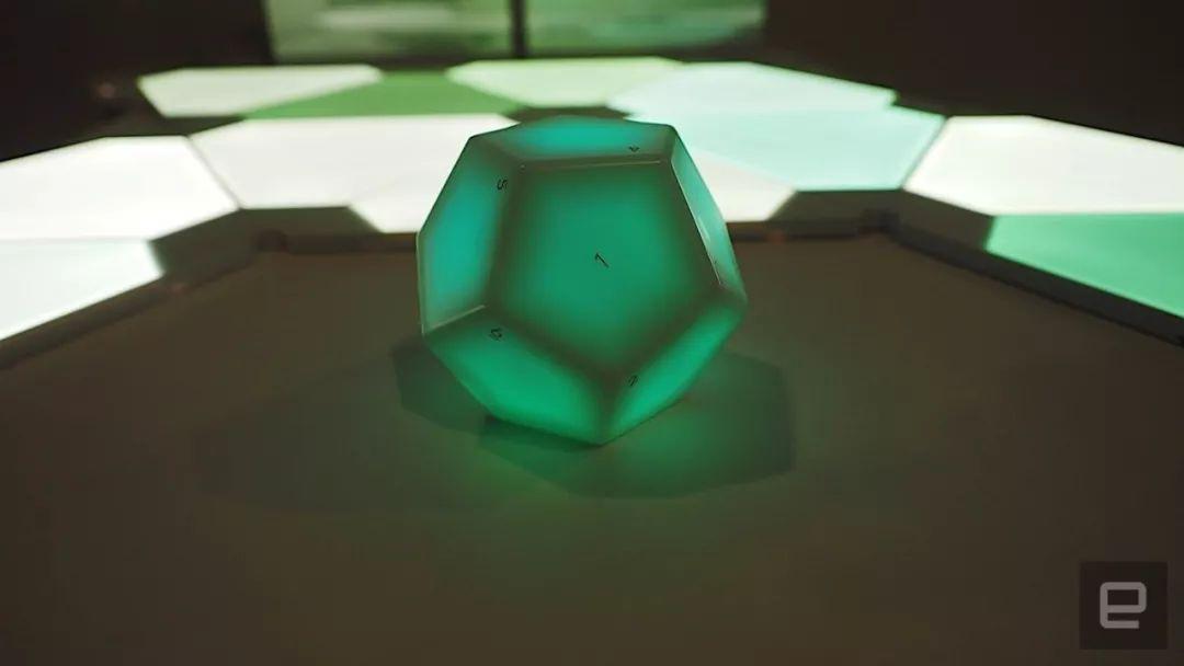 Nanoleaf研发十二面体的智能家居控制器来控制同品牌的智能照明系统