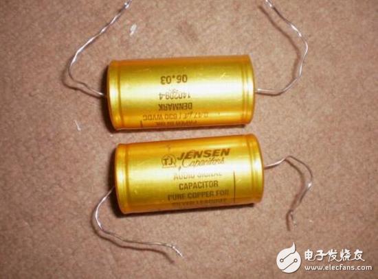 电容和电池的区别