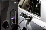 """奥迪推出""""智能能源网络"""" 将汽车、家、电源供应融..."""