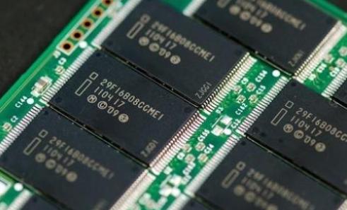 2018年DRAM供不应求 单价涨逾32%创历年...