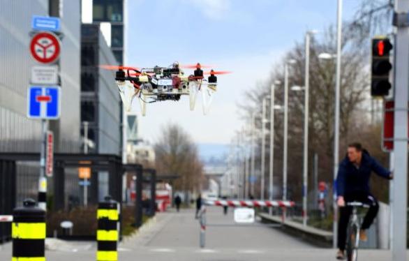 苏黎世大学开发新算法 无人机可在街道自由穿梭