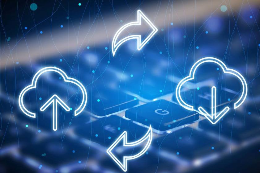 网络暗处的威胁 云采用者需要网络可视性的重要性