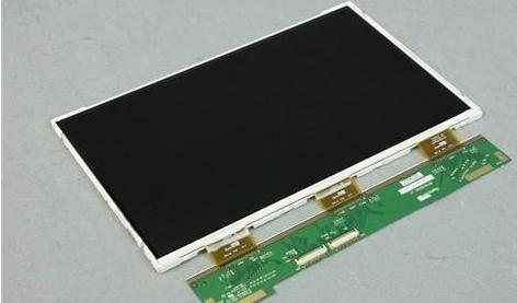 面板价格再降 全球液晶面板出货超过7%