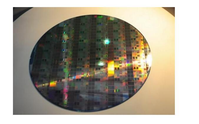 12寸晶圆价格变化趋势_12寸晶圆能产多少芯片