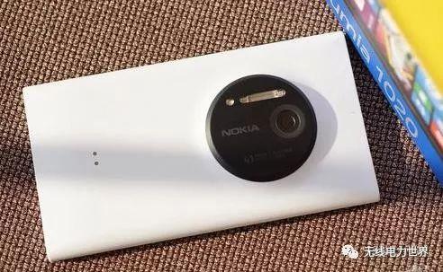 无线充电越来越火 其实诺基亚早在2012年就推出...