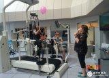 机器人帮助脑瘫患者复健双腿