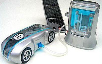 2017年企业开始布局氢燃料电池,投资规模正快速...
