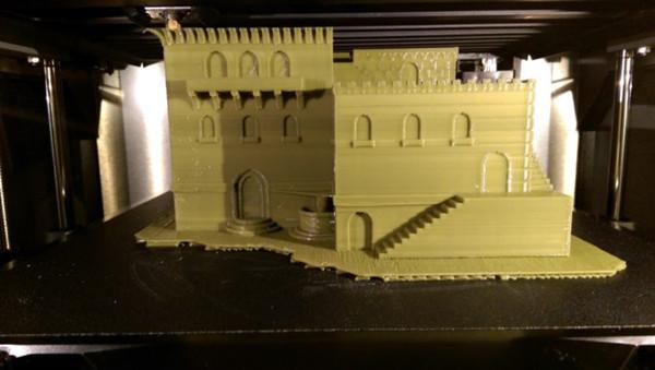 沙漠里的绿色:3D打印中东建筑花盆