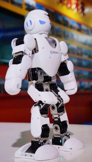 关于FPGA在机器人上的应用