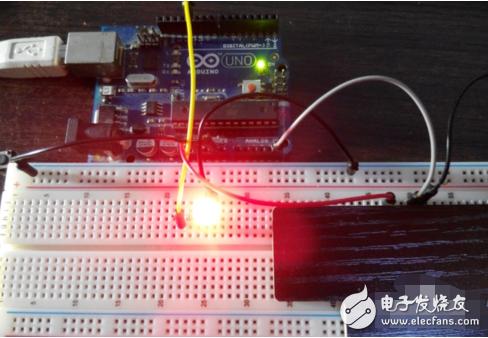 光敏电阻控制灯亮硬件设计图及程序分享