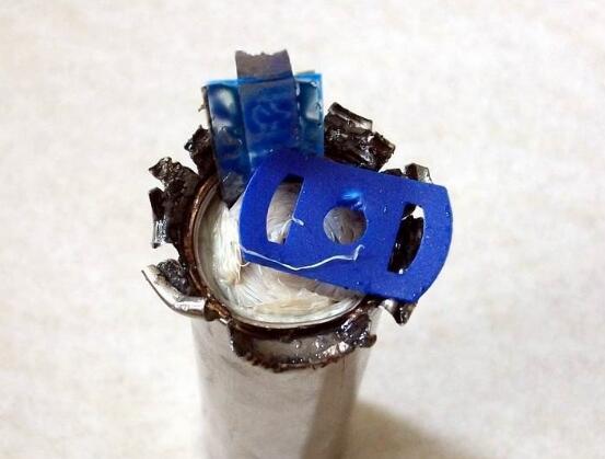 18650锂电池拆解_18650锂电池内部结构拆解图