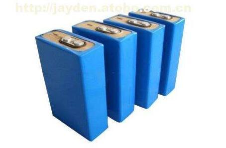 一文看懂磷酸铁锂电池和锂电池区别