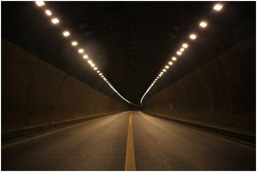 国内研发出多色温防雾霾LED路灯 将改善节能和安全问题
