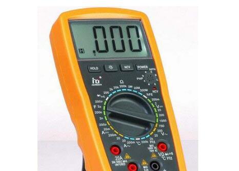 万用表怎么测量和判断交流电压和零火线