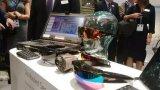AR在军事中的应用包括头盔显示器,CV90等设备