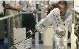 富士康可能用机器人代替工人,一批人将面临失业