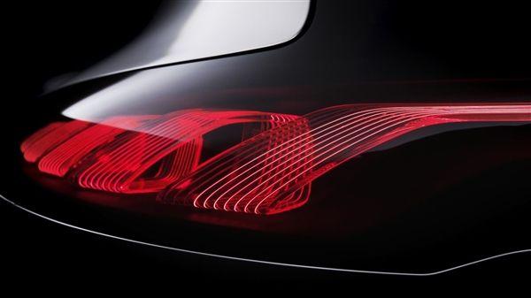 台工研院展出OLED车尾灯 积极抢下车用照明利基...