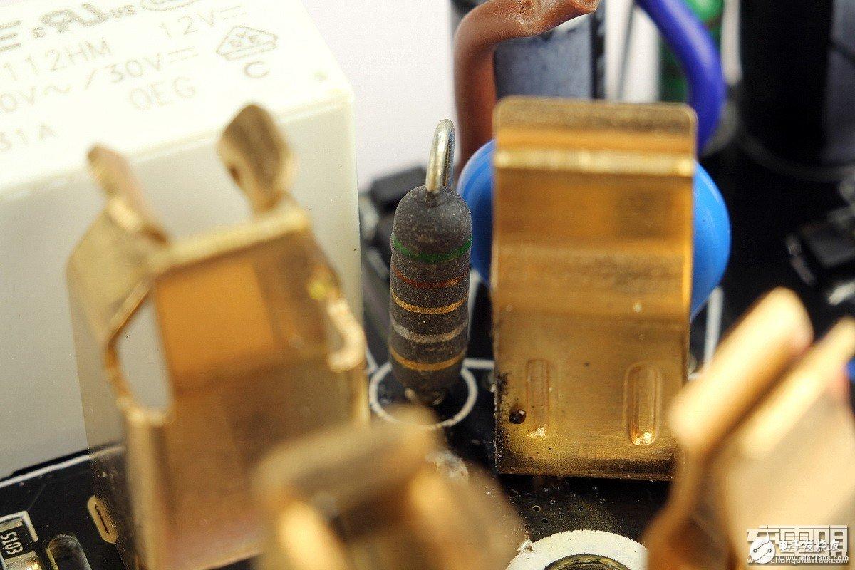 米家智能插座增强版拆解评测:79元的价格很值
