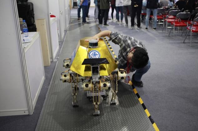 中国终将领跑机器人竞赛  超越对手只是时间问题