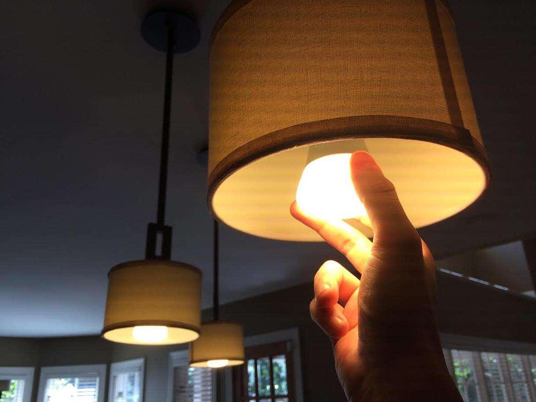 """面对""""两极分化""""的局面,照明灯饰厂商该何去何从呢..."""