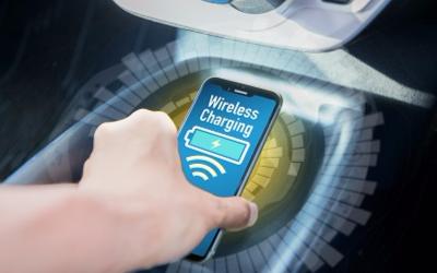 安森美车载无线充电方案 与易冲无线合作实现自由定位