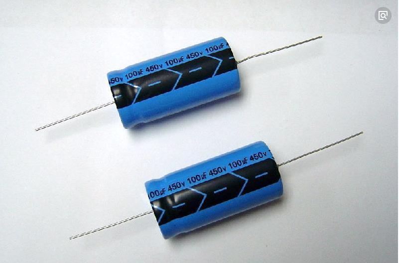 有极性电容和无极性电容原理上相同,区别关键在于介质