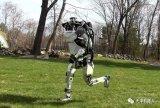 波士顿动力机器人成精了