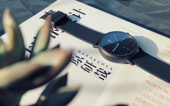 一款最近风靡的时尚爆款,D1智能手表