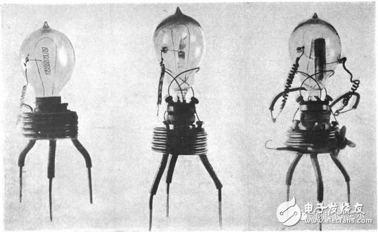 第一个二极管  1904 年 10 月份