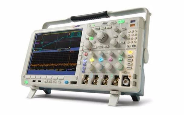 泰克科技公司为机器诊断和自动测试应用推出紧凑型5系列混合信号示波器