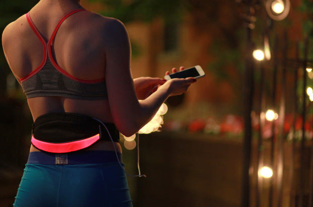 LED发光腰包BSEEN上线众筹 可为iPhon...