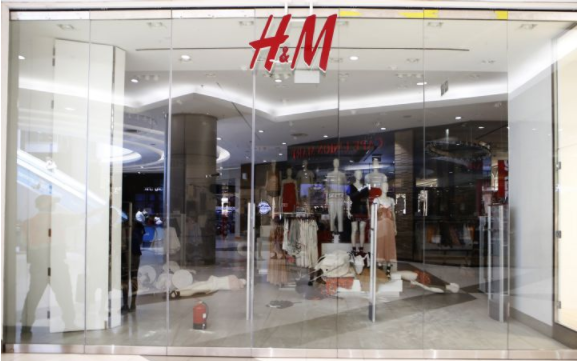 H&M为摆脱销售低潮 以AI决策商品与消...