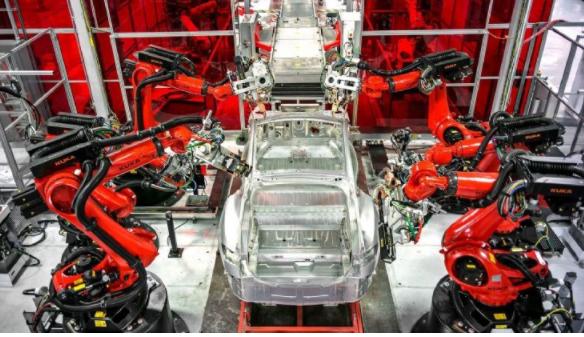 从Tesla与BMW看无人工厂 连Musk都坦承...