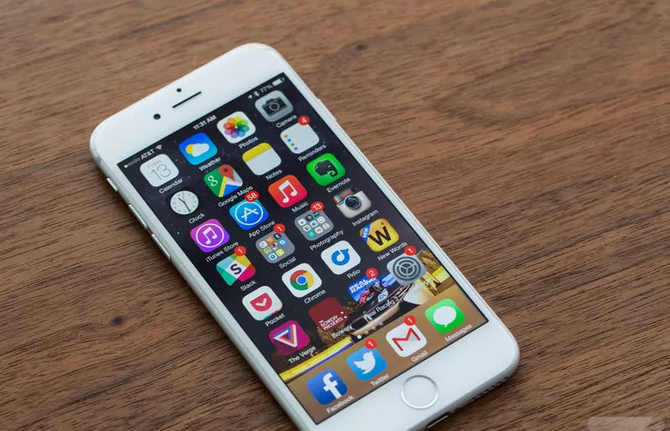 要闻:苹果向更换电池用户退款50美元 高通在京成立人工智能研究部门