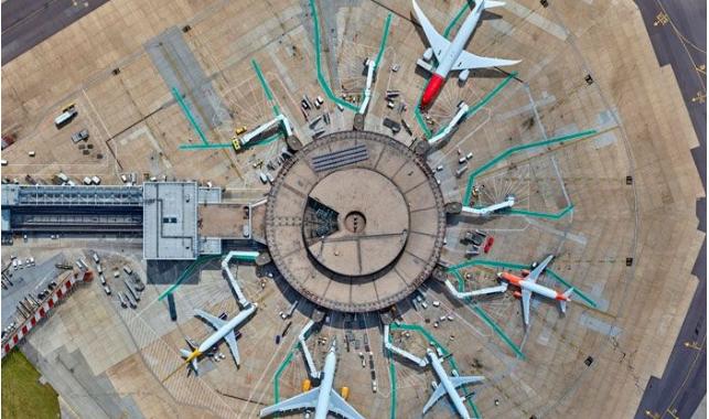 抢先看!盖特威克机场与易捷首试生物识别自助登机技术