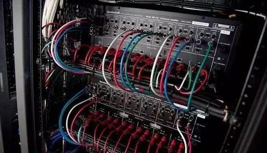 专业音响设备的连接顺序和方法_专业音响设备连接注意事项