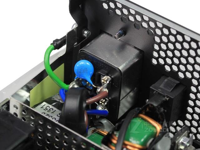 EMI/EMC设计秘籍——电子产品设计工程师必备手册