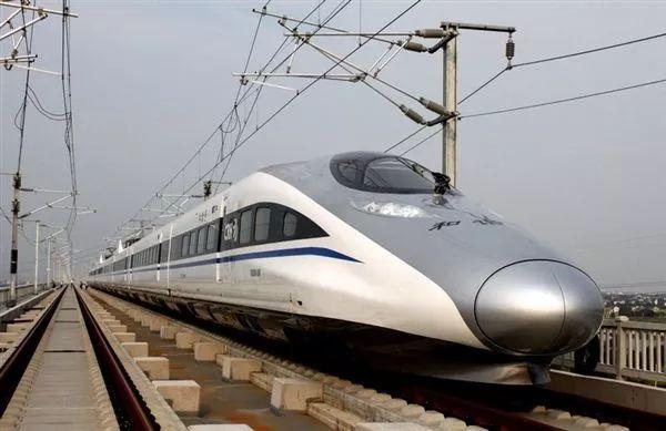 复兴号动车简笔画-乘客使用高铁动车组WiFi运营服务系统的真实原始