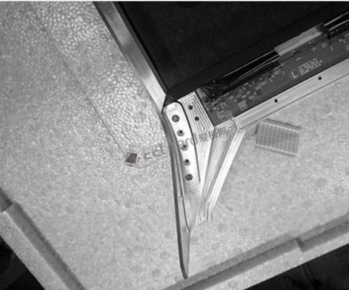 LG展示透明OLED电视 科幻感十足