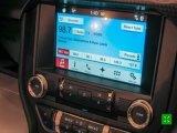 基于车身总系系统和互联网服务而形成的车载综合信息处理系统