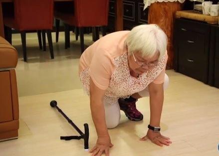 有了这个智能硬件,再也不怕家中老人摔倒了