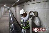520个传感设备在中关村西区的井盖和地下环廊安...